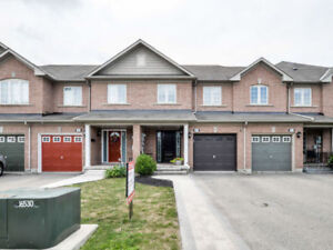 Brampton Reno d 3 Bed Freehold Townhouse For Sale w/Finish Bsmt
