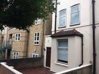 3 BEDROOM HOUSE , Finsbury Park area, Grenville Road N19 4EH