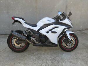 2013 Kawasaki NINJA 300 (EX300A) Road Bike 296cc