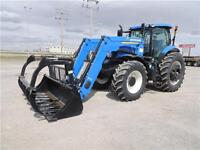 2014 New Holland T7.235 Sidewinder with 875TL Loader & Grapple