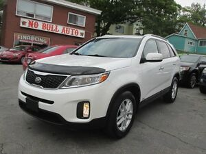 2014 Kia Sorento LX Premium, Leather, Heated Seats, AWD, NICE!