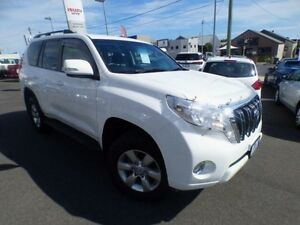 2014 Toyota Landcruiser Prado KDJ150R MY14 GXL (4x4) Glacier White 5 Speed Sequential Auto Wagon Devonport Devonport Area Preview