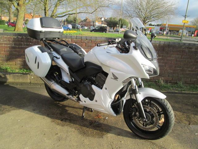 honda cbf 1000 f sports touring motorcycle in didcot. Black Bedroom Furniture Sets. Home Design Ideas