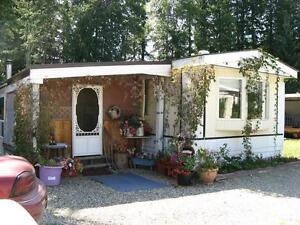 Cute 2Bdrm Mobile Home Just Steps From Dutch Lake