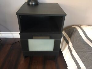 Black night stand in new condition