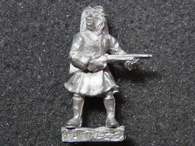 Citadel Miniatures 1987 Gothic Horror Range Female Character - Huntress OOP - Female Horror Characters