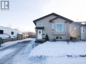 5 bedroom Sask Home for Rent or for Sale