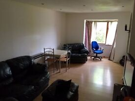 2 bedroom flat north acton