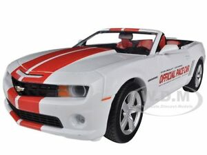 2011 CHEVROLET CAMARO SS CONVERTIBLE INDY 500 PACE CAR 1/24 GREENLIGHT 18216