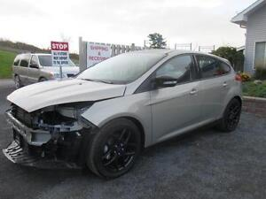 2016 Ford Focus SE **BRANDED SALVAGE**