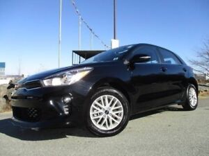 2018 Kia RIO5 EX SPORT (JUST REDUCED TO $16977!! ONLY 6100 KM!!!