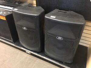 Pair of Peavey Speakers (PVX15)