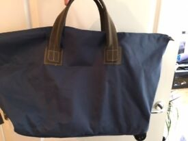 Holdall / Luggage Bag with Castors - NEW