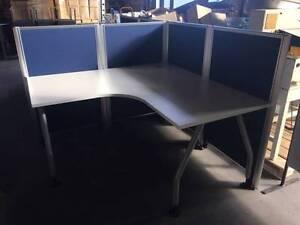 1500 blue screen corner workstation Smithfield Parramatta Area Preview