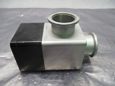 Varian L6281-703 Pneumatic Vacuum Right Angle Valve, NW-40-A/O, RS1180