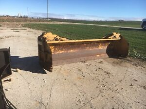 HLA 4000 Series 12' with hydraulic angle and hydraulic endplates
