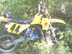 1989 RM125J Great shape. Original paint. Cornwall Ontario image 4