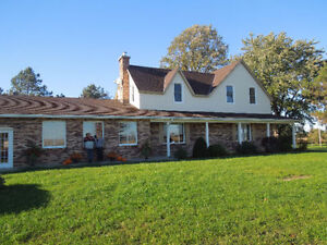 Beautiful Hobby Farm 12.5 acres - Arnprior/Pakenham