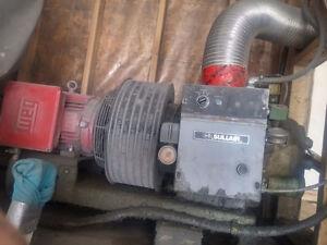 10hp screw compressor with soft start Moose Jaw Regina Area image 1