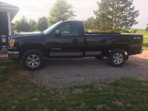 trade 2012 gmc 4x4 for 1967-1987 chev or gmc 2 wd or 4