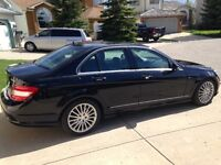2010 Mercedes-Benz C250 4MATIC with WARRANTY, Full Package