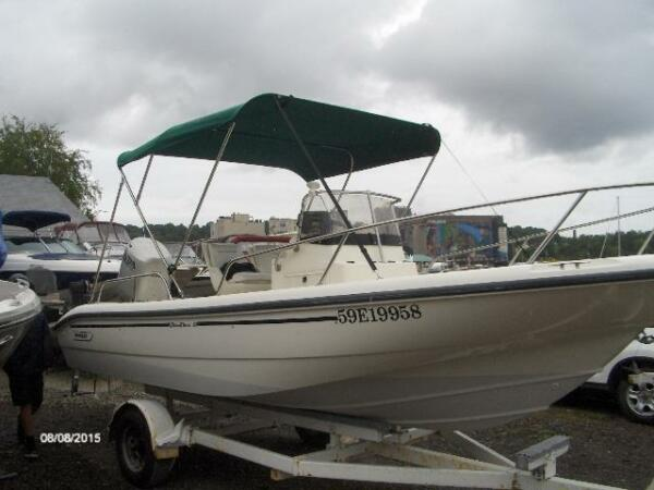 Used 1998 Boston Whaler 18 Dauntlis