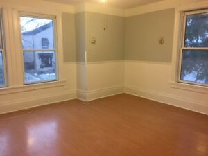 Updated downtown upper apartment close to EVERYTHING!