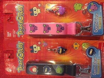 2 Tamagotchi Gotchi Gear Tama Leashs In Black   Pink Accessory Key Chains Rare
