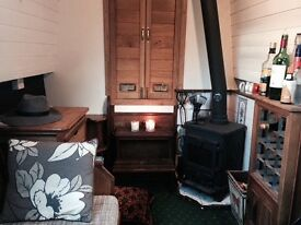 Canal boat home to rent perfect live aboard central London
