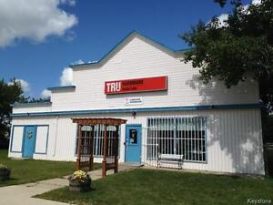Business and property in growing resort community of Sandy Lake