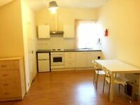 Studio Available in Hounslow TW3 - including all bills part from council tax - Only £185 per week