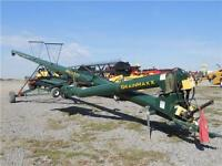 2015 NuVision 4371 GrainMaxx Swing Auger