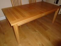 Solid Oak Dining Room/Kitchen Table