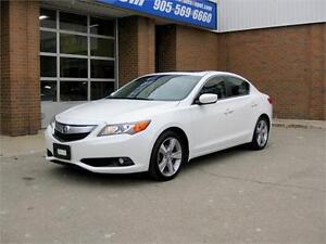 2013 Acura ILX Base Tech Pkg + Only 63000 Kilometers