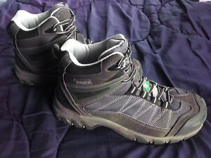 Steel toe work boots / shoes