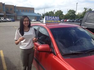 LADY DRIVING INSTRUCTOR WITH AMAZING PASS RESULTS , $30/HR Kitchener / Waterloo Kitchener Area image 1