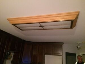 2' x 4' Kitchen Ceiling fixture -very nice & excellent condition