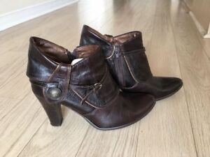 Fall Leather High Heel Booties with Side Zipper