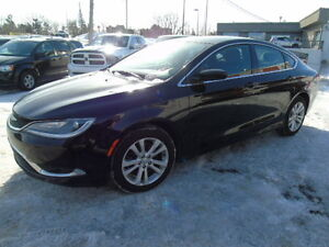 2015 Chrysler 200 LIMITED /heated seats