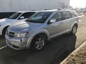 2011 Dodge Journey - 7 PASSENGER SUV !! Financing Available!!