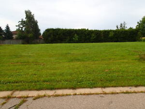 Building Lot for Sale - 7 Bobolink Drive FULLY SERVICED
