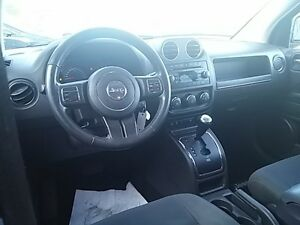 2012 Jeep Compass North 4x4 HEATED SEATS SUNROOF BLACK PAINTED A London Ontario image 15