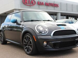 2013 MINI Hatch S, 6 SPEED, DUAL SUNROOF, AIR CONDITIONING, AUX