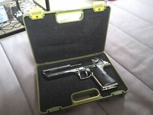 Collectable model ( IMI Desert Eagle) Kitchener / Waterloo Kitchener Area image 6