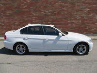 ►►►2011 BMW 3-Series 328i xDrive Cuir/Toit/Mags FINANCEMENT◄◄◄