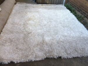 #7 - 8' x 10'  White SHAG RUG Area Carpet by Dynamic Rugs AS IS