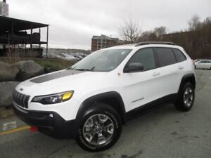 2019 Jeep Cherokee TRAILHAWK L PLUS V6 (FALL CLEAR-OUT: $32977!!