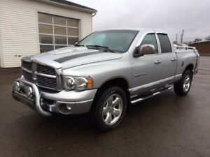 2005 Dodge Power Ram 1500 EXT CAB Pickup Truck