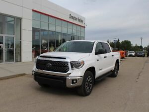 2018 Toyota Tundra TRD Offroad, nav, back up camera!