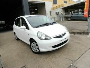 2007 Honda Jazz GD GLi White 5 Speed Manual Hatchback Yeerongpilly Brisbane South West Preview